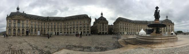 Bordeaux_Place_du_Parlement_Sainte_Catherine3